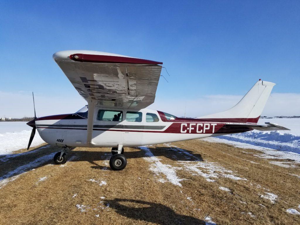 1977 Cessna U206